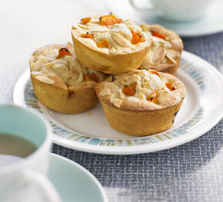 Apricot friands