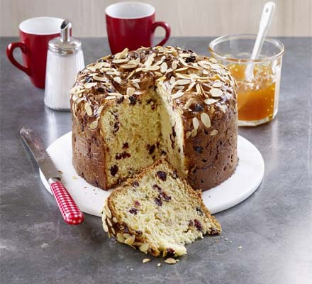 White chocolate panettone