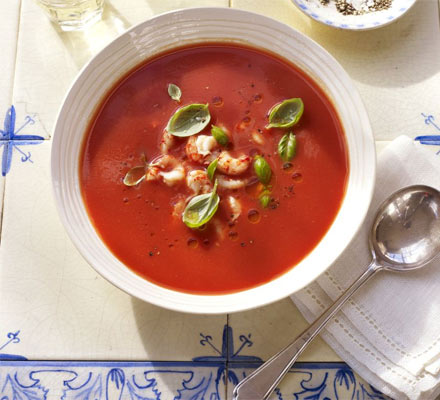 Chilled soup with crayfish