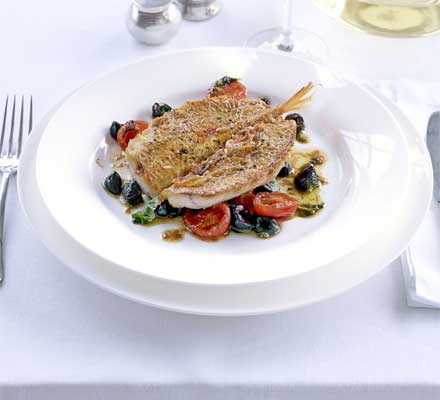 Red mullet with tomatoes
