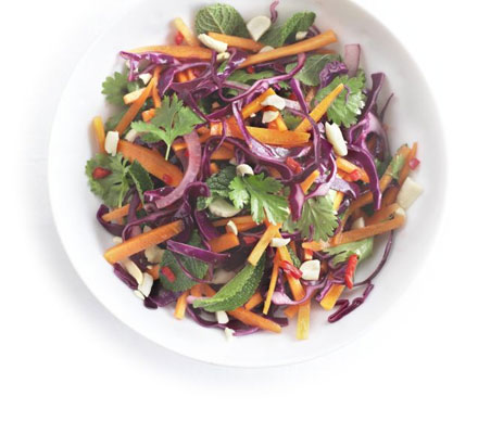 Red cabbage & onion salad